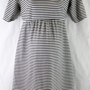 old navy maternity dress, maternity dress, maternity clothes gently used